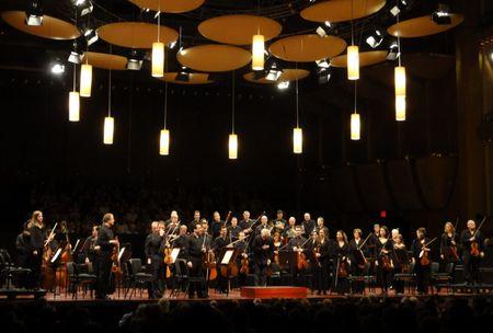 Mostly Mozart Festival Orchestra, Osmo Vanska, Avery Fisher Hall