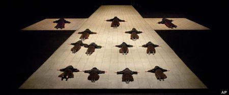 Metropolitan Opera, Dialogues of the Carmelites, Feast of Music, Ken Howard, AP