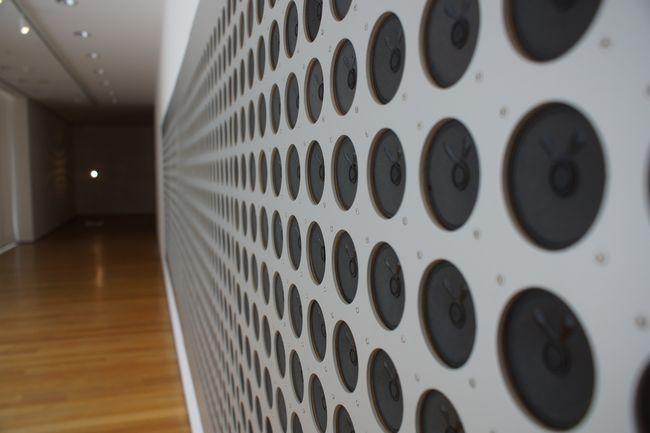 Tristan Perich, Microtonal Wall, MoMA