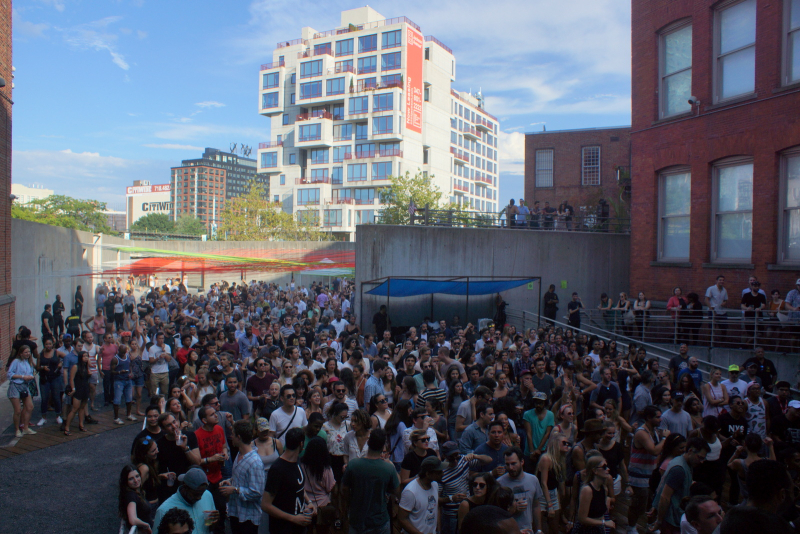 MOMA PS1 WarmUp